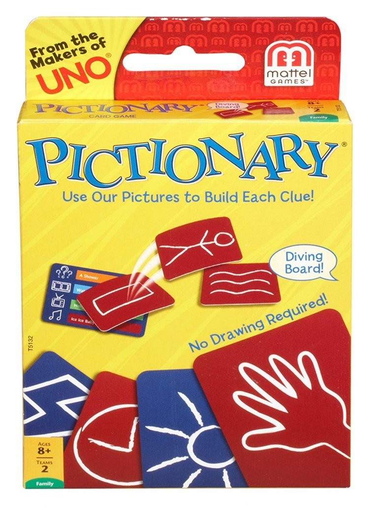 Pictionary card game for family travel
